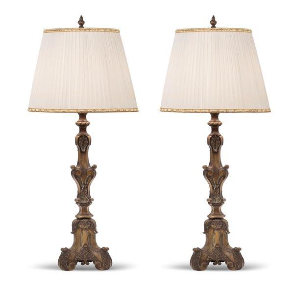 Coppia di lampade in bronzo