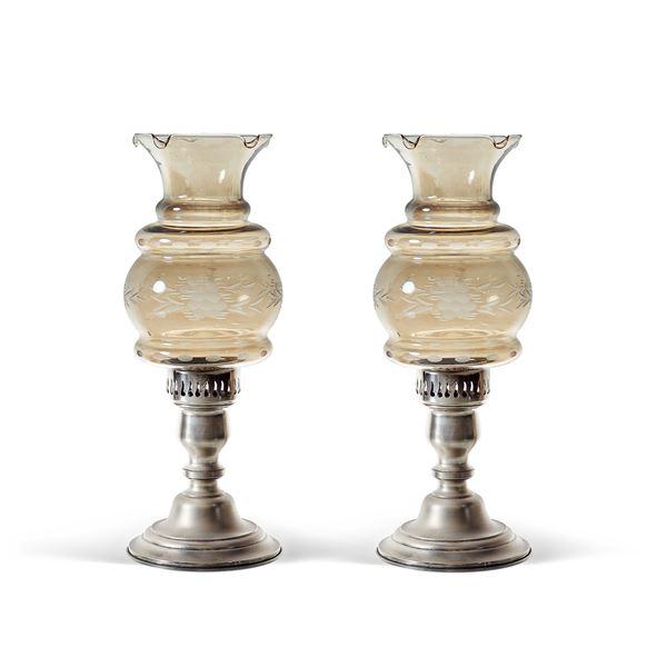 Coppia di candelieri in argento