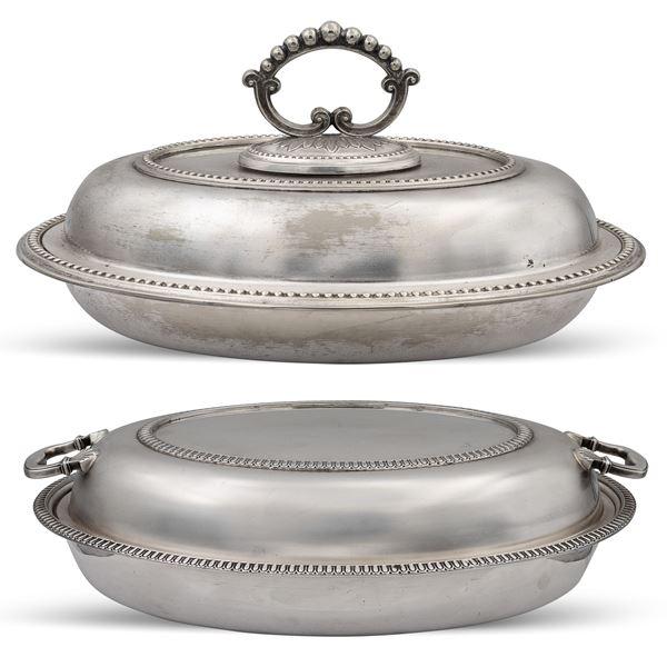 Due legumiere in metallo argentato