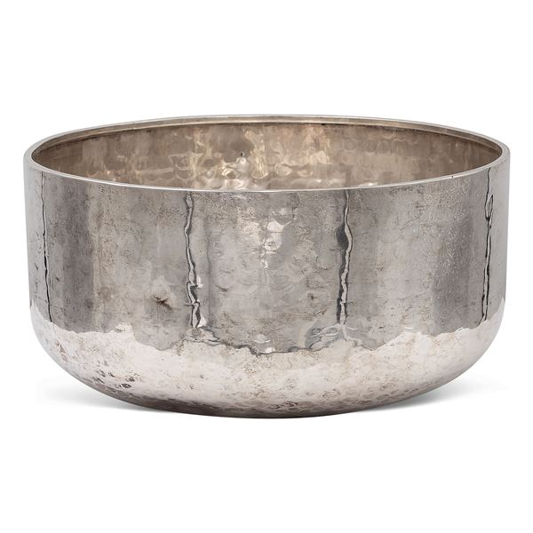 Bowl in argento