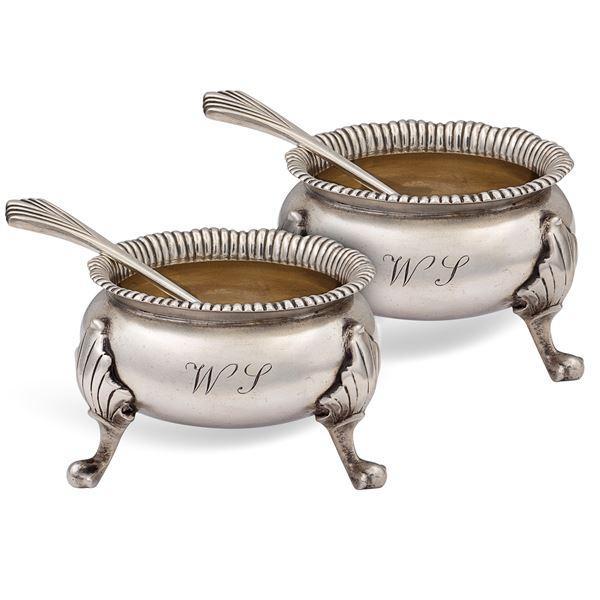 Coppia di saliere in argento