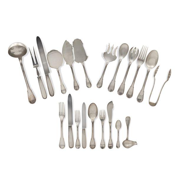Servizio di posate in argento (133)