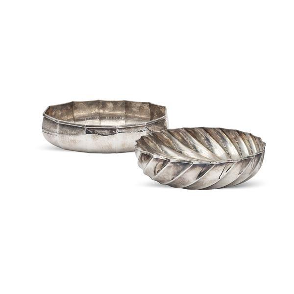 Due centrotavola in argento