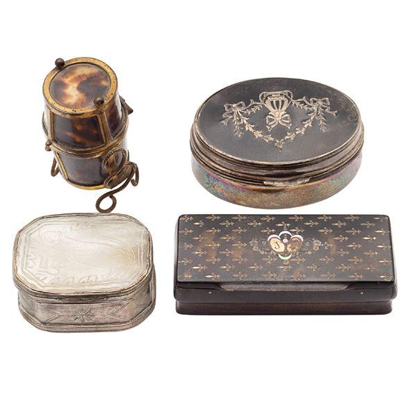 Gruppo di scatoline in argento (4)