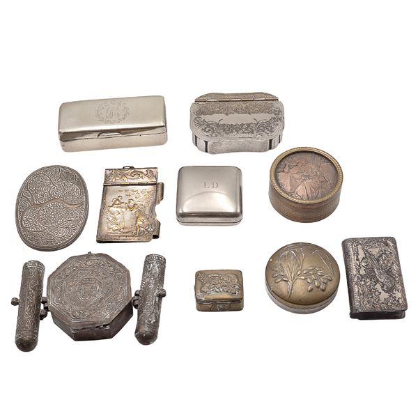 Gruppo di oggetti in argento (10)
