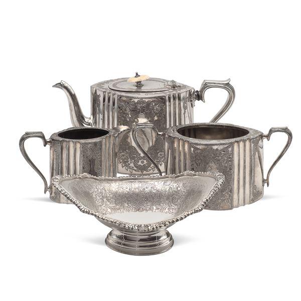 Gruppo di oggetti in sheffield e metallo argentato (4)