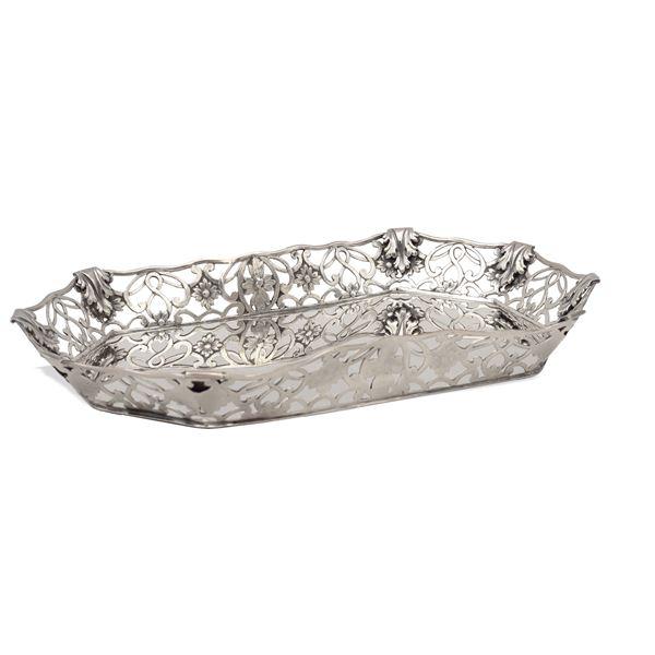 Centrotavola ottangonale in argento
